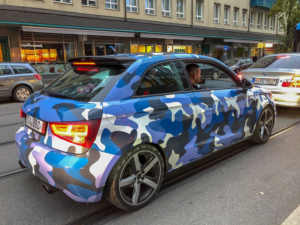 Blau Weiss Schwarzen Audi A1 In Urban Tarnmuster Marco Ve Flickr