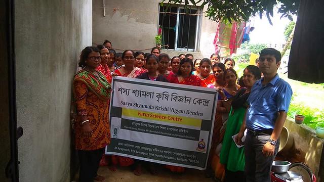 A three days' (09-11 August, 2018) training programme on Techniques on preparation of vermicompost organized by Sasya Shyamala KVK at Gangajoyara village, Sonarpur, South 24 Parganas