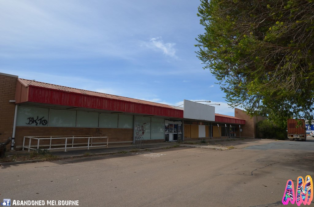 Abandoned Former Coles In Benalla Victoria Located On Syd Flickr