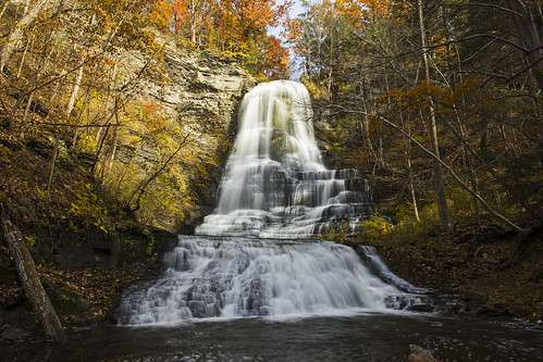 water waterfall waterblur life nature landscape autumn foliage colorful ithaca beautiful canon 2018 hiking fall leaves gorge glen amazing lansing flx fingerlakes monday tired zzzz