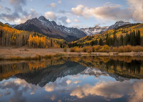 aspentrees autumn fallcolors landscape sanjuanmountains reflection colorado mountsneffels sunrise ridgway unitedstates us