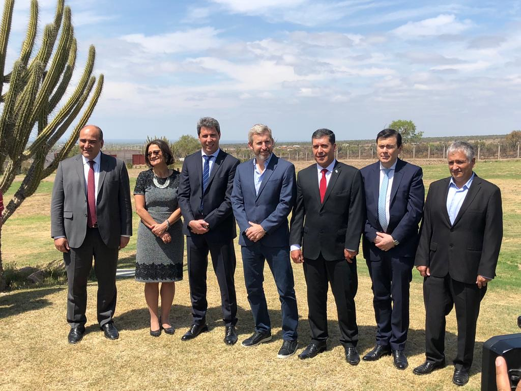 2018-09-28 PRENSA: Uñac en el Foro Regional de Integración y Desarrollo Sustentable en La Rioja