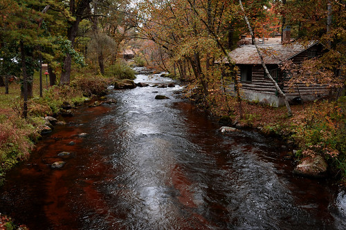 pine river cabins autumn fall colors stream landscape saxeville wisconsin forest trees