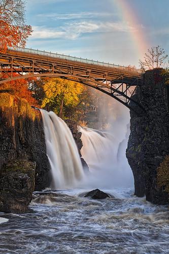 greatfalls nationalhistoricdistrict paterson nj waterfall passaicriver cascade autumn fall colors orange red torrent landscape