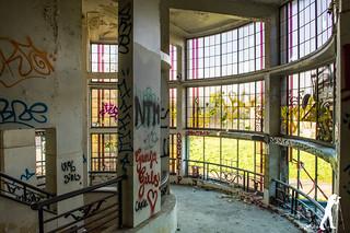 Lost Places: Preventorium Dolhain   by smartphoto78