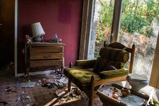 Lost Places: Das weiße Haus | by smartphoto78