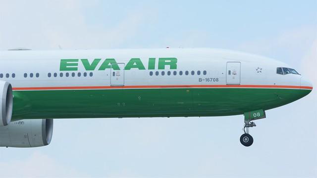 Eva Airways Boeing 777-35E(ER) B-16708