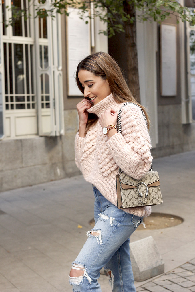 1953a45f354 ... chunky pink sweater ripped jeans white fila sneakers gucci bag street  style fall outfit 20184517