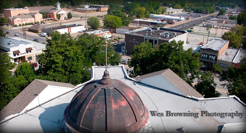 aerial historical courthouse athenstx