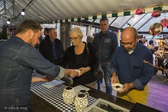 PM Celebrates seafood John de Jong 420