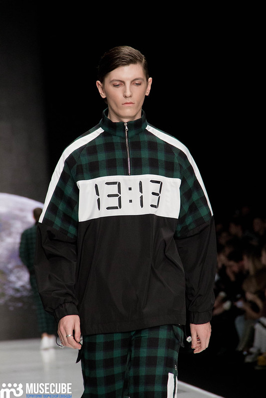 mercedes_benz_fashion_week_black_star_wear_015
