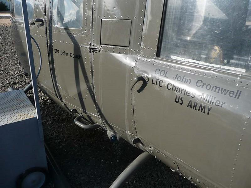 Bell UH-1D Huey 4