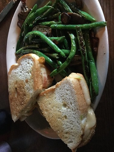 Grilled cheese and grean beans