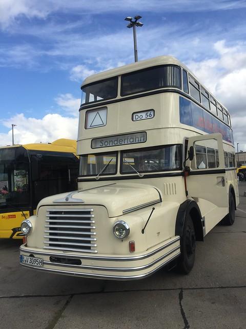 ab 1957 Doppeldeckerbus Do56 von VEB Waggonbau Bautzen BVG-Bus-Betriebshof Indira-Gandhi-Straße 75-98 in 13053 Berlin-Weißensee
