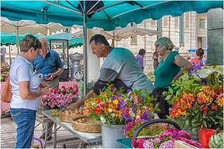 le marché de Poitiers , le fleuriste ... | by miriam ulivi