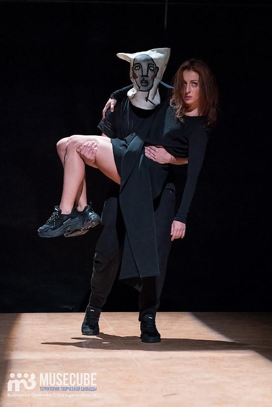 spektal_vosem_teatr_na_taganke_047