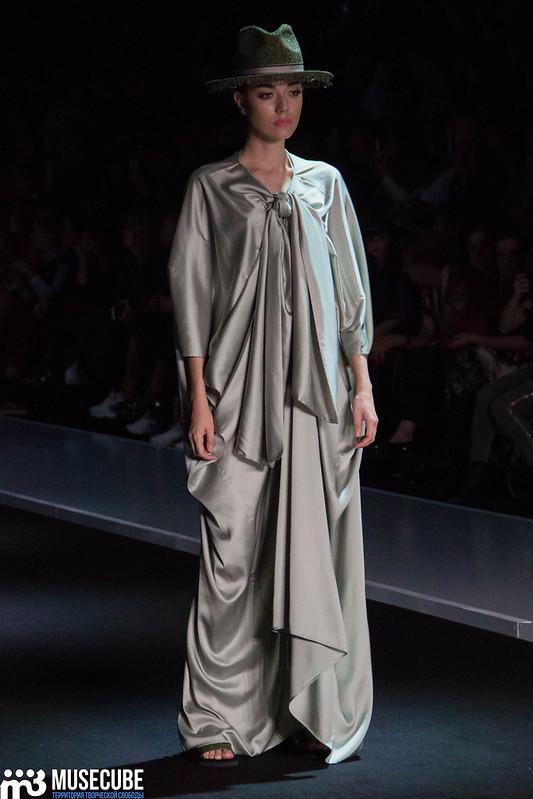 mercedes_benz_fashion_week_goga_nikabadze_049