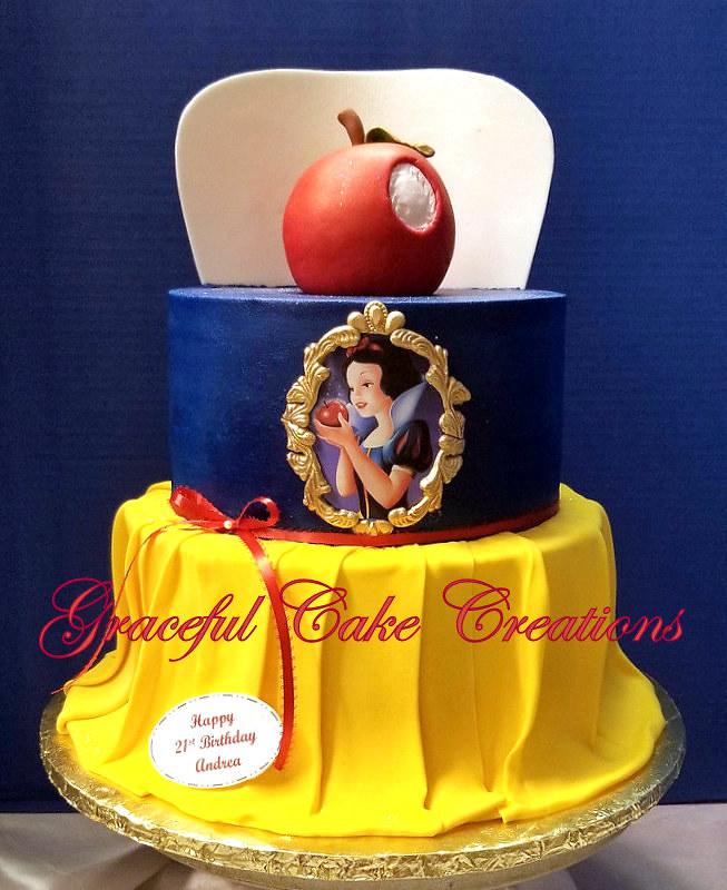 Super Snow White Birthday Cake Grace Tari Flickr Funny Birthday Cards Online Alyptdamsfinfo