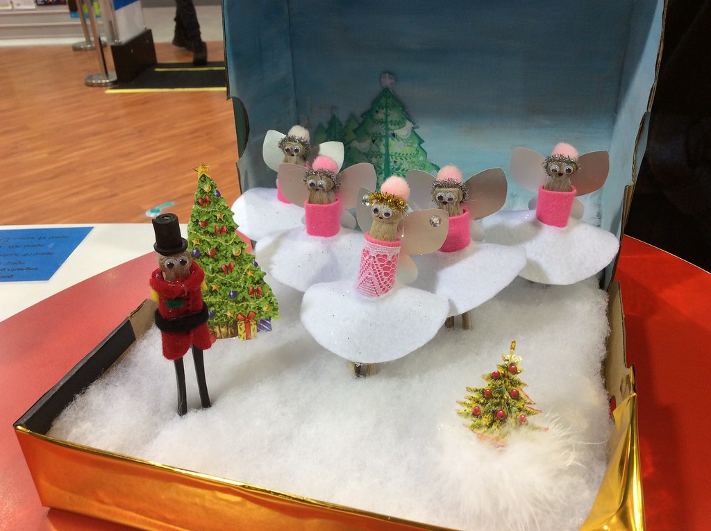 Christmas Shoebox Diorama.Templeton Family Entries In The Nutcracker Diorama A Fami