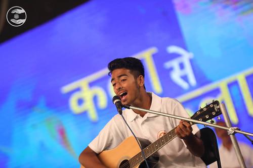 English devotional song by Bal Sangat, Sant Nirankari Colony, Delhi