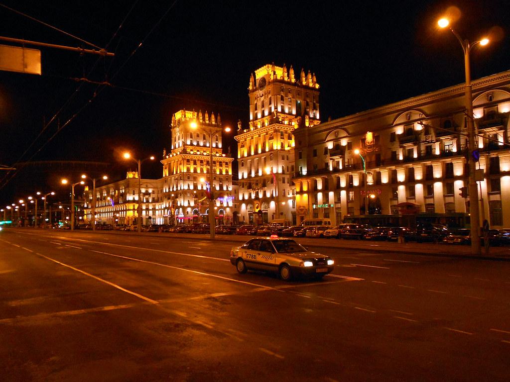 Минск. Привокзальная площадь.