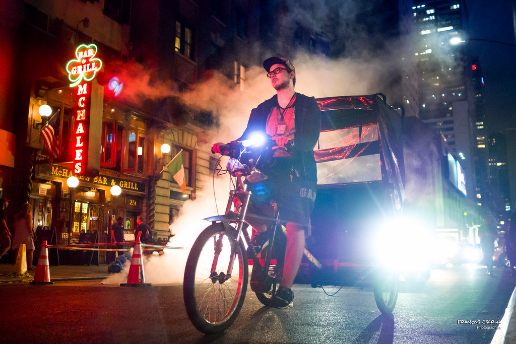 4093178659d The New Yorkers - Broadway pedicab   Steam and lights   François ...