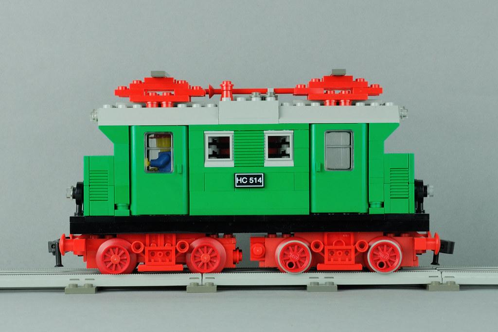 LEGO 12 Volt MOC engine