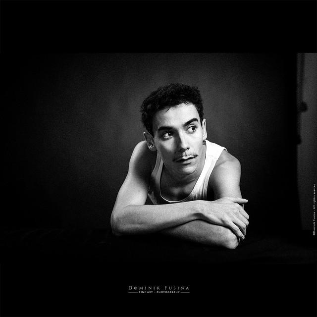 Marin - Retro Portrait