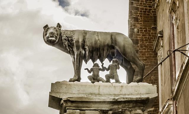 La Lupa Di Roma in HDR