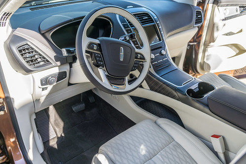 2019 Lincoln Nautilus Photo