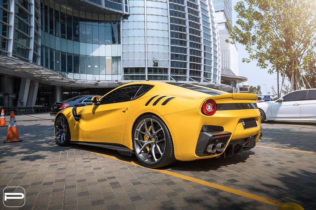 Ferrari F12 TDF PUR 4OUR