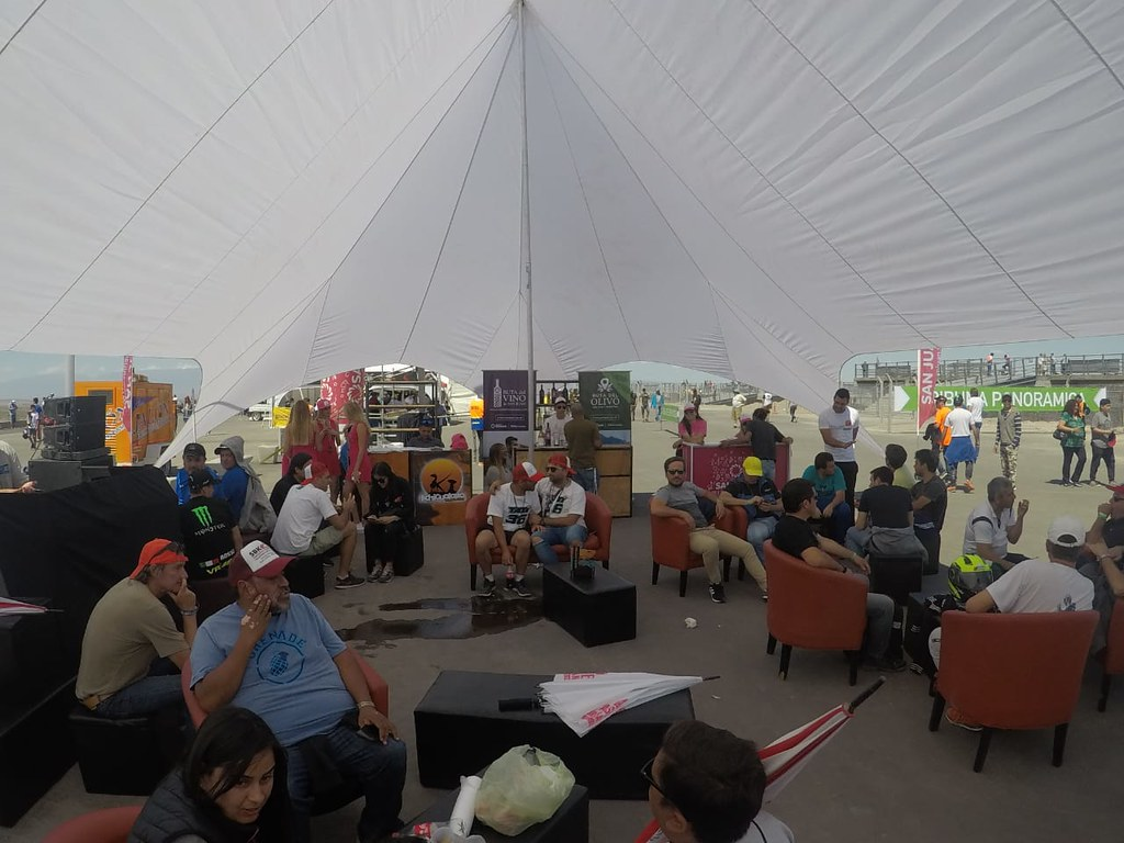 WhatsApp Image 2018-10-12 at 16.42.06 (1)