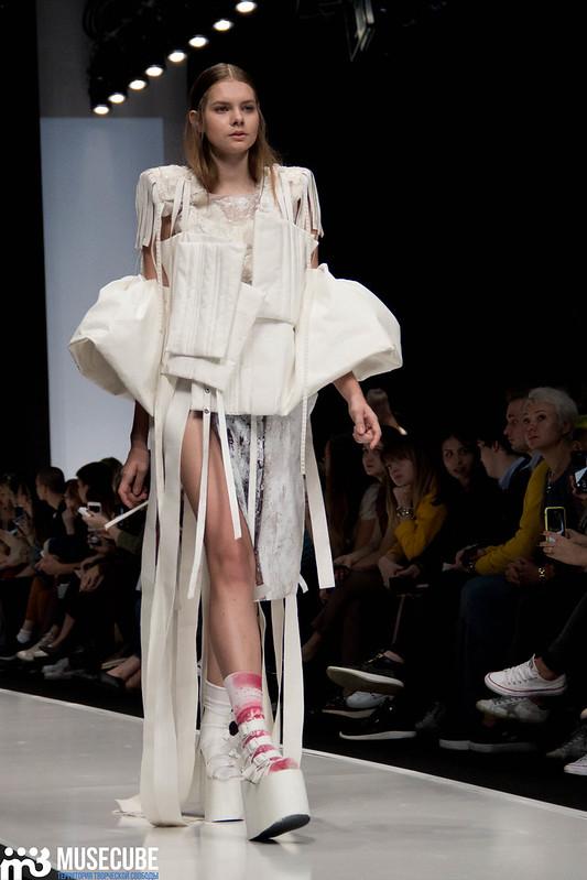 mercedes_benz_fashion_week_ba_(hons)_fashion_003