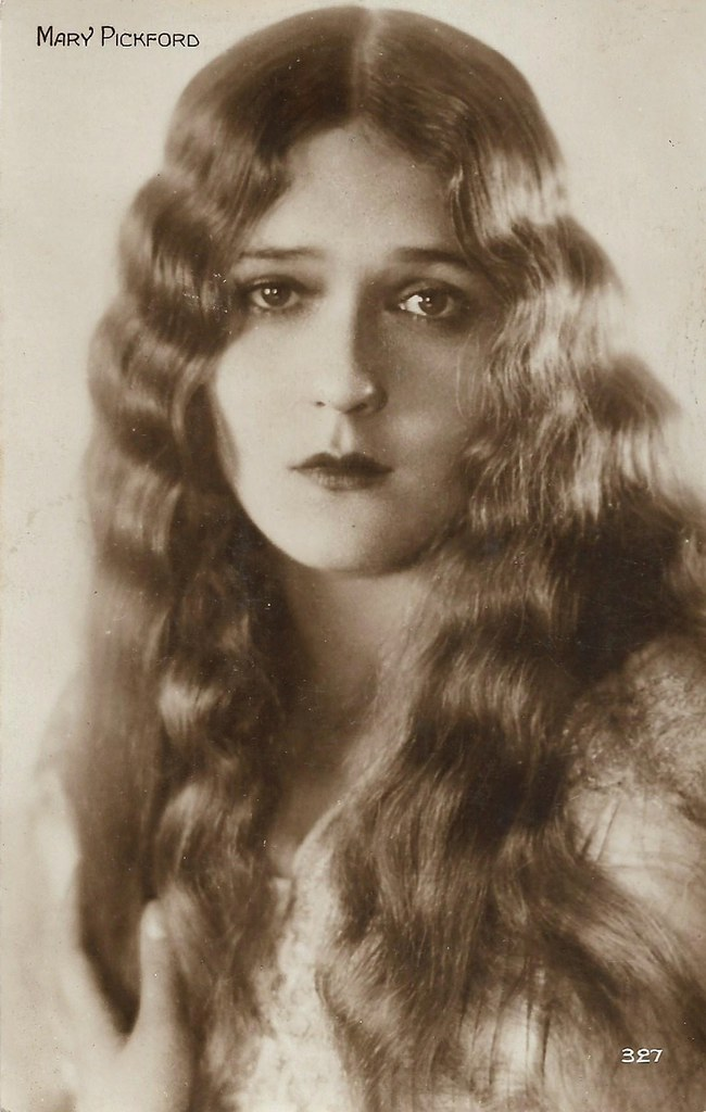 Mary Pickford | French postcard. Editions Cinémagazine, No. … | Flickr