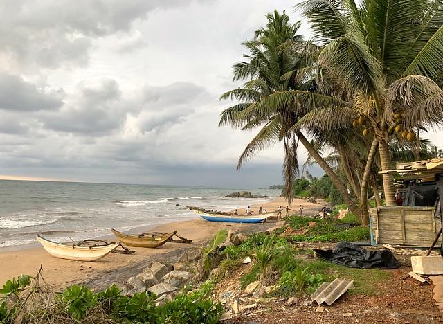 Sri Lanka 946
