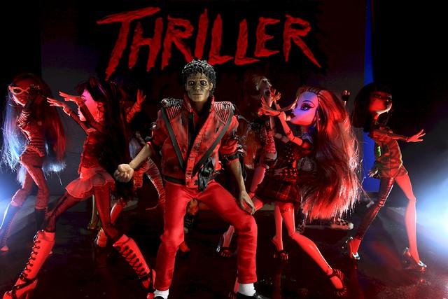 6 Daze Of Halloween - Thriller