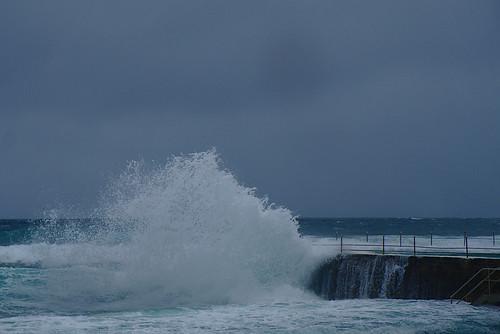 Wave breaks on Icebergs | by aenigmatēs
