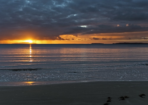 lisaridings fantommst nz newzealand auckland waiwera wenderholm regional park beach sunrise ocean shoreline shore landscape cloudy clouds
