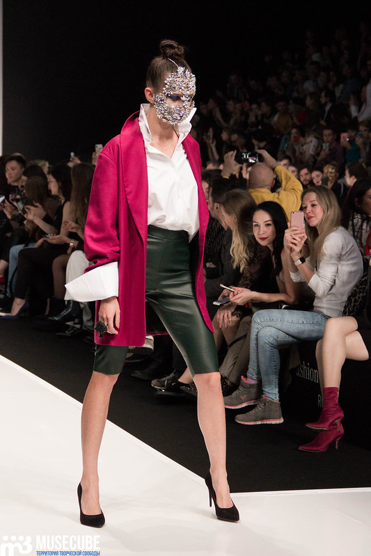 mercedes_benz_fashion_week_az_by_araksiya_zholobova_001