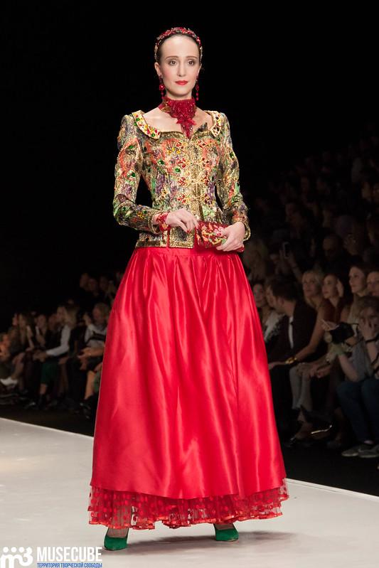 mercedes_benz_fashion_week_slava_zaitsev_nasledie_091