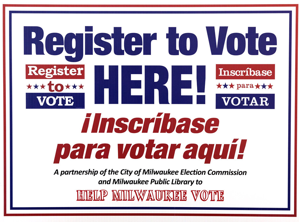 How do i register to vote in milwaukee wi