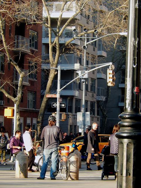 Lifestyle around Washington Square Park, NYC
