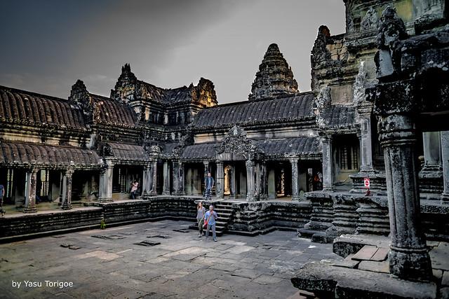 Courtyard of the Center Temple at Angkor Wat, Angkor, Cambodia-17