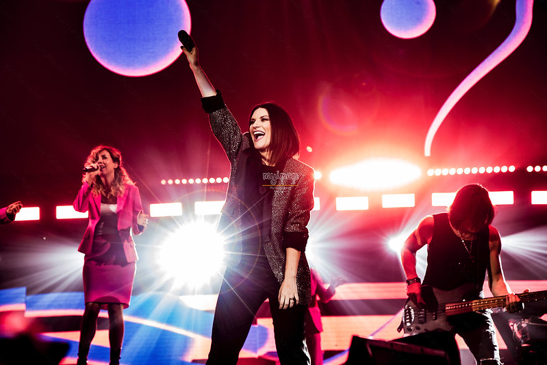 Laura Pausini - Hazte Sentir World Tour