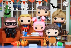F.R.I.E.N.D.S Halloween Party ?