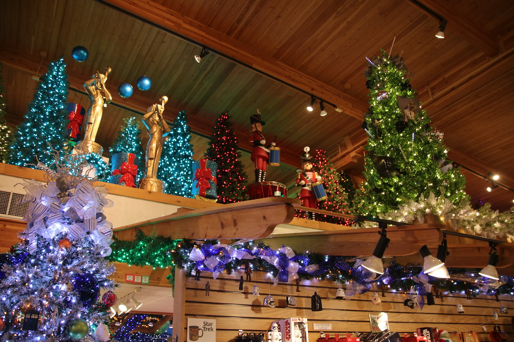 Bronners Christmas.Visit To Bronner S Christmas Wonderland Frankenmuth Mich