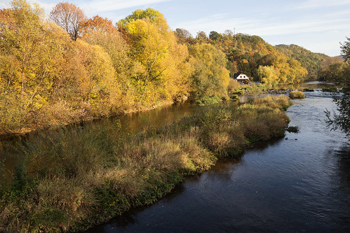 rudolstadt saale autumn river fluss herbst laubfärbung trees bäume landscape landschaft thüringen germany