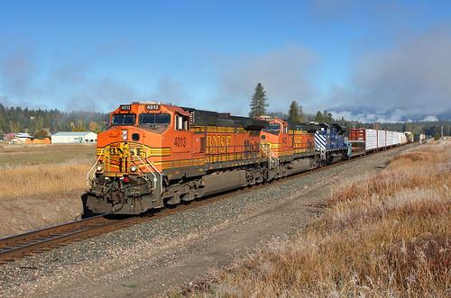 bnsf freight freighttrain montanaraillink mrl mrlfourthsub mrl4thsub ge dash9 c449w 4013 belknap montana mt