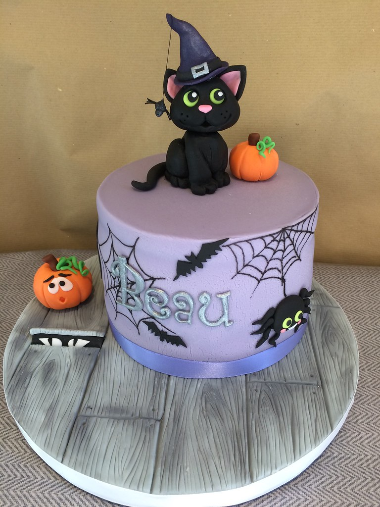 Super Black Cat Halloween Birthday Cake Kat Buchan Flickr Funny Birthday Cards Online Barepcheapnameinfo