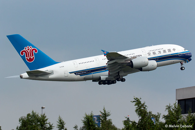 China Southern Airlines Airbus A380-841  |  B-6136  |  Amsterdam Schiphol - EHAM